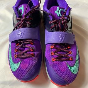 on sale 73661 32c7f Nike Kd Shoes on Poshmark